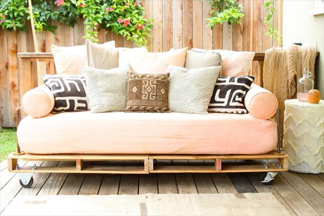 New Daybed