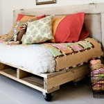 12 DIY Pallet Daybed Ideas