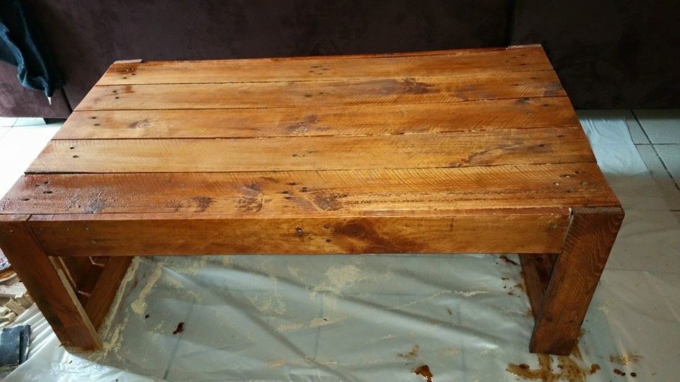 up-cycled pallet coffee table