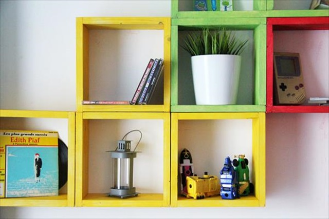 pallet-geometrical-wall-shelf