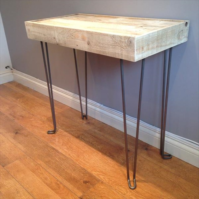 pallet-side-table-with-hairpin-legs