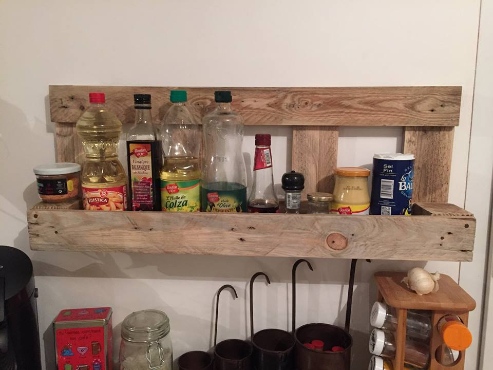 Reclaimed pallet kitchen storage rack